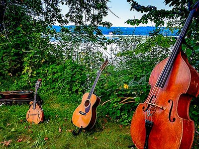 Bluegrass on the Hudson River in Esopus NY